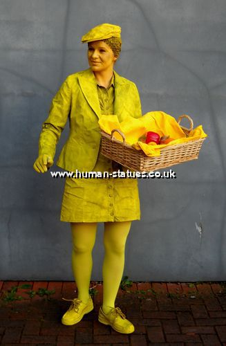 Yellow Human Statue Act